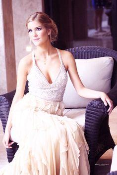 Prom dinner outfit MODEL. Isabel Jaime