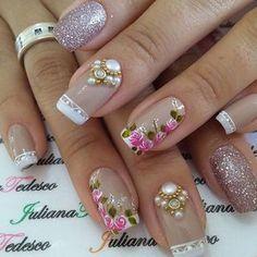 Everything but the jewels Cute Nail Art, Cute Nails, Pretty Nails, Beautiful Nail Designs, Beautiful Nail Art, Nail Manicure, Diy Nails, Nail Art Fleur, Rhinestone Nails