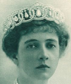 Pearl & Diamond Tiara made by Cartier in 1913 here pictured on Princess Anastasia of Greece & Denmark