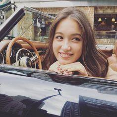 車から覗くトラウデン直美 Japanese Beauty, Japanese Girl, Dorian Gray, Actors, The Originals, Cute, Model, Photography, Venus