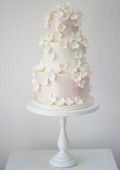 Falling-Blossoms-Rosalind-Miller-Cakes.jpg (500×707)