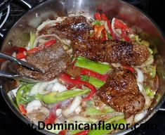 Dominican Style Beef with Peppers and Onions/Bistec Encebollado Dominicano   Delicious Dominican Cuisine