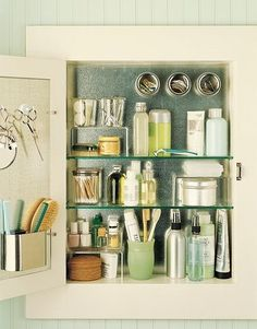 Magnetic storage & hooks in the bathroom cabinet. i think i might have a case of OCD Organisation Hacks, Bathroom Organization, Bathroom Storage, Storage Organization, Organized Bathroom, Door Storage, Cabinet Storage, Bathroom Ideas, Bathroom Interior