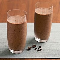 Chocolate-Espresso Smoothies from Runner's World. aka heaven in a glass post-run.  (pinning cuz i love chocolate)