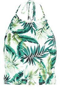 Pin for Later: Co-Ord Sets Are Making Matchy-Matchy More Than Cool New Look White Palm Leaf Print Halter Neck Crop Top New Look White Palm Leaf Print Halter Neck Crop Top (£8)