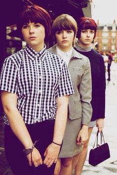 British working-class culture - now dead, but fun while it lasted. Chica Skinhead, Skinhead Girl, Skinhead Fashion, Mod Fashion, Girl Fashion, Vintage Fashion, Youth Culture, Pop Culture, Black And White