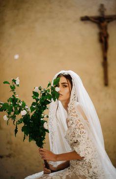Wedding Bells, Boho Wedding, Wedding Gowns, Dream Wedding, Wedding Day, Bouquet Wedding, Rustic Wedding, Catholic Wedding Dresses, Cathedral Wedding Veils