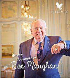 Par où commencer lorsqu'on parle de Rex Maughan, Rex est l'âme du Business Forever mais c'est aussi un enseignant, un visionnaire, un héros ! Il représente tout ce qu'il peut y avoir de plus beau chez un homme. Rex se souvient toujours d'un visage. Il représente le commerce mais aussi l'inspiration et cela pour beaucoup de gens à travers le monde. C'est une personne merveilleuse qui sait apprécier la vie et en ce 20 novembre 2015 nous lui souhaitons un très joyeux anniversaire !