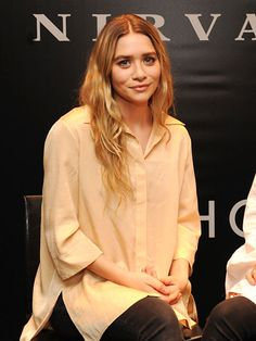 Air-Drying Hair Trips - Ashley Olsen volumized waves