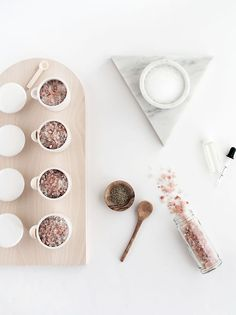 DIY Grapefruit rosemary bath salts | Homey Oh My