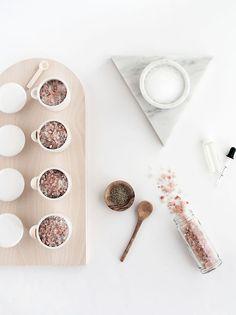 DIY Grapefruit rosemary bath salts | Homey Oh My
