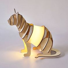 NightLights and Sleep Aids Lamp Design, Wood Design, Diy Wood Projects, Woodworking Projects, Cat Lamp, Mood Lamps, Cardboard Sculpture, 3d Modelle, Light Crafts