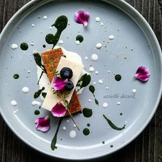 Amazing Food Images, Masterchef Recipes, Flower Food, Food Decoration, Molecular Gastronomy, Plated Desserts, Food Presentation, Food Plating, I Love Food