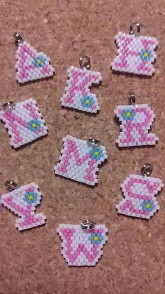 free seed bead patterns and instructions Hama Beads Design, Diy Perler Beads, Hama Beads Patterns, Seed Bead Patterns, Perler Bead Art, Beaded Jewelry Patterns, Beading Patterns, Bracelet Patterns, Hama Beads Coasters