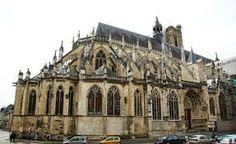 Cathédrale Saint-Cyr-et-Sainte-Juliette-de-Nevers, Nevers, France