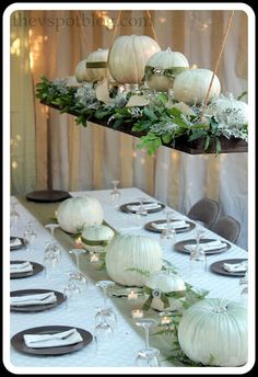 .A floating centerpiece for Thanksgiving dinner, but you could use the concept for any occasion.