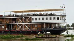 The Mekong Pandaw makes its way from Siem Reap to Saigon.