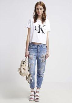 b99ac3d57a75b Calvin Klein Jeans - Print T-shirt - bright white Denim Fashion, 90s Fashion