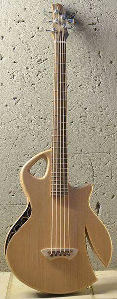 MURRAY KUUN Semi Acoustic Bass