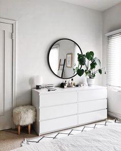 How to Achieve a Minimal Scandinavian Bedroom - Homey Oh My Room Ideas Bedroom, Home Decor Bedroom, Bedroom Inspo, Monochrome Bedroom, Minimal Bedroom, Scandinavian Bedroom, My New Room, Room Inspiration, Propagation