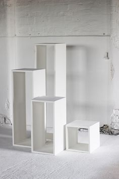 HOLLOW WOODEN PLINTHS - Display & Exhibition Plinths - PLINTHS.LONDON Bag Display, Shoe Display, Display Design, Jewellery Display, Scarf Display, Accessories Display, Exhibition Display, Exhibition Space, Exhibition Ideas