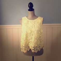 Top Shop Crochet Lace Tank Top Top Shop light yellow crocheted lace tank top. Size 10, would fit Medium/Large. Brand new with tags. Perfect for Spring/Summer Topshop Tops Tank Tops