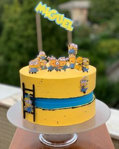 7th Birthday Cakes, Minion Birthday, Baby Birthday, Bolo Minion, Despicable Me Cake, Cool Cake Designs, Fashion Cakes, Amazing Cakes, Cake Decorating