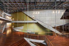 Galeria de Cidade Das Artes / Christian de Portzamparc - Assoalho Pronto Parquet Nobre