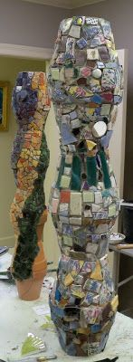 Garden totems by Sheryl Southwick.-these look like clay post put together Paper Mosaic, Mosaic Crafts, Mosaic Projects, Mosaic Art, Mosaic Glass, Garden Projects, Glass Art, Mosaic Ideas, Stained Glass