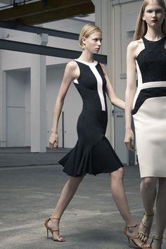 Antonio Berardi - Resort 2014- I love these black and white dresses, these are gorgeous. Antonio Berardi