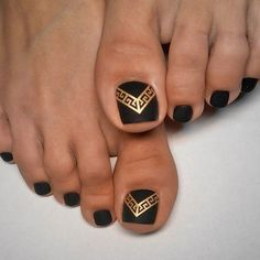 Nail Art Designs 2019 Easy Weave - 20 easy to do toe nail art design ideas for 2019 paint designs Pedicure Designs, Pedicure Nail Art, Toe Nail Designs, Toe Nail Art, Nails Design, Gold Toe Nails, Black Pedicure, Nail Art Designs, Colorful Nail Designs