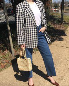 "741 Me gusta, 8 comentarios - Na Nin Vintage (@naninvintage) en Instagram: ""Vintage buffalo plaid Spring linen blend blazer with cream navy tones, fits xs-l frames depending…"""