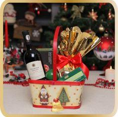 Cos cadou Little Santa - Karin Gifts Cabernet Sauvignon, Christmas 2015, Santa, Gift Wrapping, Gifts, Xmas, Gift Wrapping Paper, Presents, Wrapping Gifts