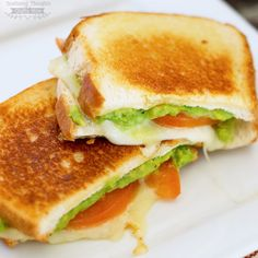 20 Amazing Avocado Recipes - The Mama Report Grilled Cheese With Tomato, Grilled Cheese Avocado, Perfect Grilled Cheese, Grilled Ham, Delicious Dinner Recipes, Yummy Food, Delicious Dishes, Tasty, Summer Grilling Recipes