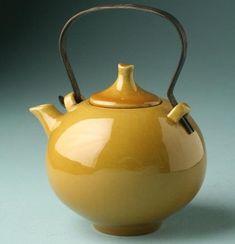 Pottery Teapots, Ceramic Teapots, Ceramic Pottery, Pottery Art, Ceramic Art, Pause Café, Teapots And Cups, Tea Art, Ceramic Design