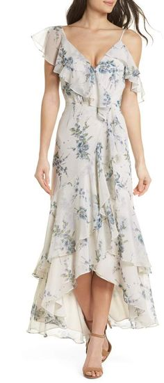 Enjoy exclusive for WAYF Elanor Ruffle Faux Wrap Maxi Dress online Casual Dresses For Women, Cute Dresses, Maxi Dresses, Flowing Dresses, Wrap Dresses, Beach Dresses, Spring Dresses, Romantic Bridesmaid Dresses, Outfits Fiesta