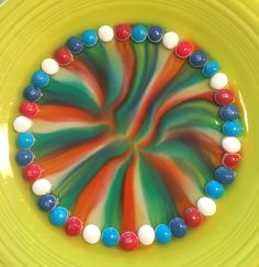 Skittles Science Experiment for Kids - Crafty Morning - JANİNE Fun Experiments For Kids, Science For Toddlers, Science Fair Projects, Preschool Science, Science Lessons, Science Activities, Preschool Activities, Science Party, Kid Science