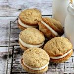 Banana Whoopie Pies! I've got to try this from My Baking Addiction