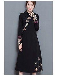 Black Embroidered Qipao / Cheongsam Dress with Long Sleeve