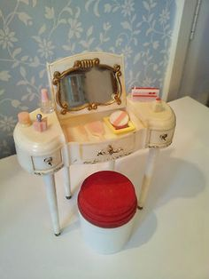 Vintage Sindy Louis Marx Dressing Table/ Stool ~ HAVE
