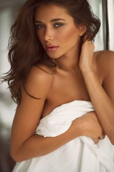 The best thing about Mumbai escorts agency is that you get affordable escort services & do what you want to do with our Independent escorts in Mumbai.