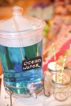 Summer Entertaining: Pottery Barn Kids Style Cute idea for a beach party Be sure to name your punch if you are doing a party. I always did that kind of thing with the parties I did when I did themed parties. Teen Beach Party, Beach Party Ideas For Kids, Ideas Party, Beach Ideas, Sommer Pool Party, Torta Paw Patrol, Fete Emma, Hawaian Party, I Need Vitamin Sea
