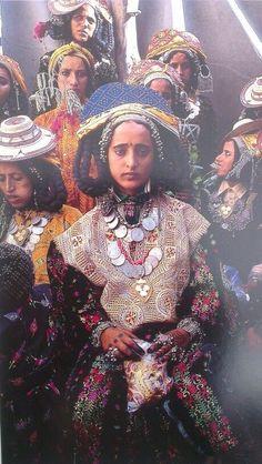 blogvitabrevisarslonga:  Yemeni women