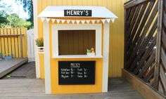 Bygg en glasskiosk till barnen Kids Yard, Cool Kids, Kids Fun, Kiosk Design, Kidsroom, Dory, Plank, Kids Playing, Outdoor Ideas