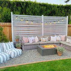 Backyard Seating, Backyard Patio Designs, Diy Patio, Fire Pit Backyard, Backyard Landscaping, Fire Pit Gravel Area, Seating Area In Garden, Diy Backyard Ideas, Patio Oasis Ideas