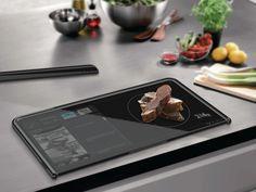 iPadっぽいデザインの万能まな板「Almighty-board」 - GIGAZINE    「2020年のスマートまな板」というコンセプトなので、本体に計量機能が追加されていて、レシピを表示させることも可能になっています。