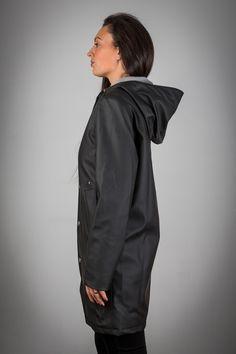 Reykjavik Raincoats Black