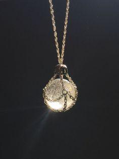 Chaîne masqué collier pendentif boule de cristal