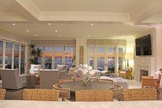 Beach casual great room| Designers' portfolio: SIDG #InteriorDesign #GreatRoom #ModernCasual #DesignInspiration #BeachCasual #CasualDining