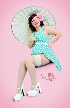Sweet pinup idea for maternity photos! Pinup Maternity, Foxy Bump, Baby Bump Photography, Pinup Girl